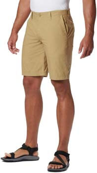 2. Columbia Men's Washed Out Comfort Stretch Casual Short