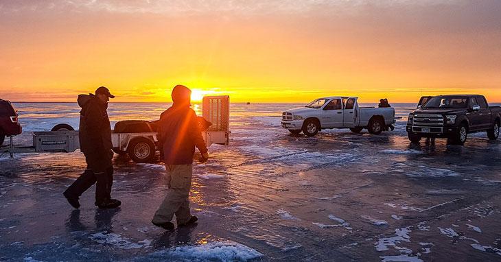 ice-fishing-bibs